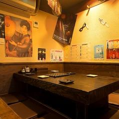 ≪1階≫ゆったり座れるテーブル席は大人気!週末は埋まってしまう事が多いのでお早めにご予約下さい!