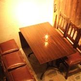1F…女子会に◎店内中央テーブル席♪