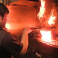 福岡・八女炭蘇鶏使用!朝引き鳥を丹精込めて串打ちし、備長炭で豪快に焼き上げることで、旨味を閉じ込めます。『串焼き』