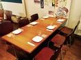 6名様用テーブル席は人数に合わせてレイアウト変更も可能です☆お客様のご要望に合わせてフレキシブルにご対応いたします。お気軽にお声掛けください!
