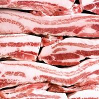 【充実の鉄板焼き】銘柄肉や新鮮な魚介類