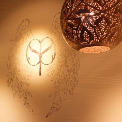 アインソフソアの羽のロゴがお出迎え