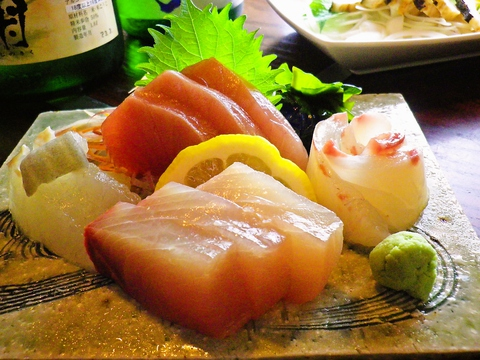 日本酒サービス研究会・酒匠研究会連合会が認定する利き酒師のいるお店。