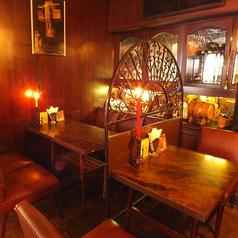 各線三宮駅から徒歩3分の路地裏に位置するスペイン料理店!落ち着いた雰囲気の店内で大人のデートや記念日にぴったり♪