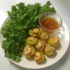料理メニュー写真バインコット(ベトナム風たこ焼き?)