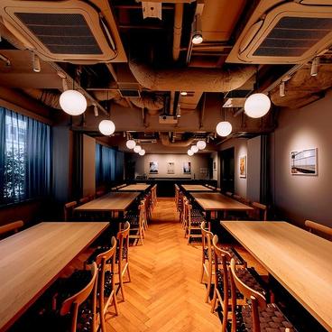 MORETHAN GRILL 新宿の雰囲気1