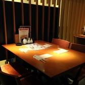 【4名様テーブル席:買い物帰りや観光にも!】落ち着いた雰囲気のテーブル席