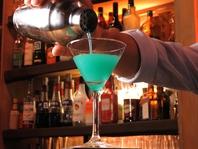 お酒好きな方は、カウンターでお気軽に楽しめます。