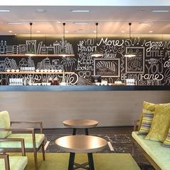 【on La CAFE】ソファでゆったりおくつろぎください