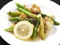 料理メニュー写真ホタテとアスパラガスのレモンバター