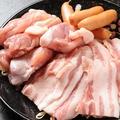 料理メニュー写真お肉三種の盛り合わせ/有頭海老塩焼(5尾)