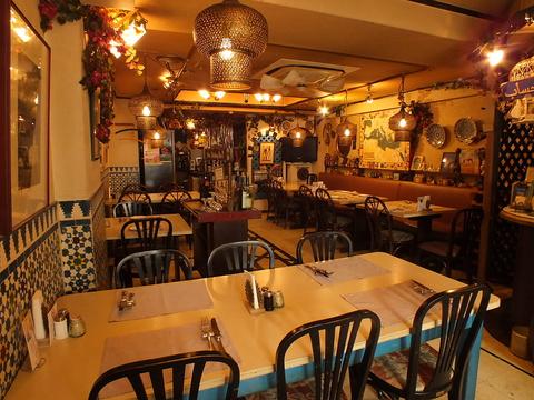 中野で25年続くおしゃれな老舗。世界各国を旅したシェフの料理は女子にも人気です。