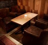 2名様用のテーブル席♪テーブルをつなげて4名様までご利用いただけます☆