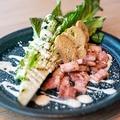 料理メニュー写真グリルドロメインレタスのシーザースサラダ