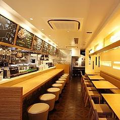 オイスターテーブル 銀座コリドー店の雰囲気1