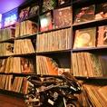 《店内BGMもリクエストOK!!》2000枚以上のレコードの中からリクエストにお応え♪70~80年代のR&B、ソウルミュージックを中心におかけします!