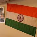 本格インドを楽しめる店内です♪インドの国旗なども飾られおり、食事以外も楽しめるお店構えになっていますよ★