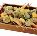 料理メニュー写真天ぷらの盛り合わせ8種