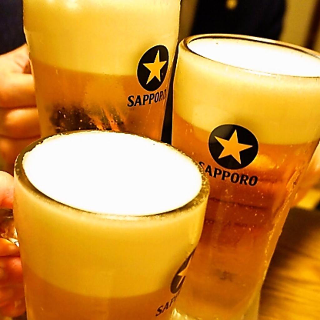 生ビールサッポロ黒ラベル飲める飲み放題は90分1350円(税抜)。