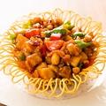 料理メニュー写真鶏肉とカシューナッツ唐辛子炒め