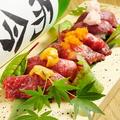 料理メニュー写真肉寿司5盛り 五貫