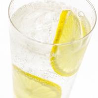 全国的に流行中の【レモンサワー】も