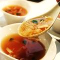 料理メニュー写真ふかひれとずわい蟹のスープ