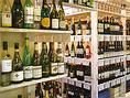 魚介料理を引立てる飲み放題も充実のラインナップ!生ビールはもちろん、当店のメインでもあるワイン赤白、酎ハイ、ハイボール、焼酎、日本酒、ソフトドリンクなどなど、老若男女だれもが満足できるラインナップです