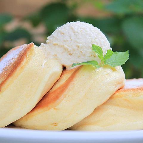幸せ ケーキ パン 淡路島 の 予約の食パンがズラリ👀淡路市の大人気パン屋さん「フルール(Fleur)」のガーデンテラスでランチ🌸