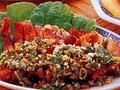 料理メニュー写真33.鳥肉のパリパリ揚げ香味ソース