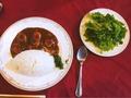 料理メニュー写真海老カレー(サラダ付き)