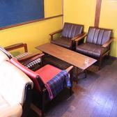 2階テーブル席。席によって雰囲気が変わる空間。ゆったりくつろげる2階のテーブル席はついつい長居してしまいます。【茶屋町・中崎町・誕生日・カフェ・女子会・ママ会・貸切・和】