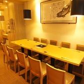 1Fテーブルは席のレイアウトが自由に変更可能。各種ご宴会に。