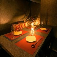 少人数様用個室も充実☆和モダンの個室空間は雰囲気抜群♪イチオシのVIP個室ルームあり!女子会、誕生日会、ご宴会まで様々なシーンに◎【河原町 居酒屋 女子会 チーズ 食べ放題 個室】