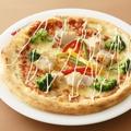 料理メニュー写真マヨチキトマトピザ