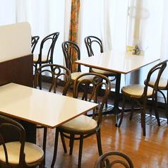 カフェ&クレープ ル モージュ イオン洲本店の雰囲気1