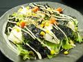 料理メニュー写真豆富と韓国のりのサラダ