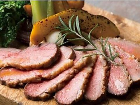 熟成肉とジビエ等の多様な肉をシェフこだわり「火入れの極み」で楽しめる超肉ビストロ
