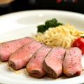 料理メニュー写真牛タンのローストビーフ