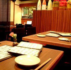 1階テーブル席♪全20席。2名席~4名席
