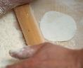 名物『鉄なべ餃子』は毎日手作りで仕込んでます!