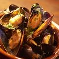 料理メニュー写真ムール貝の白ワイン蒸し 300g