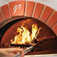 新窯で一気に焼き上げた本格的PIZZAをご提供致します★