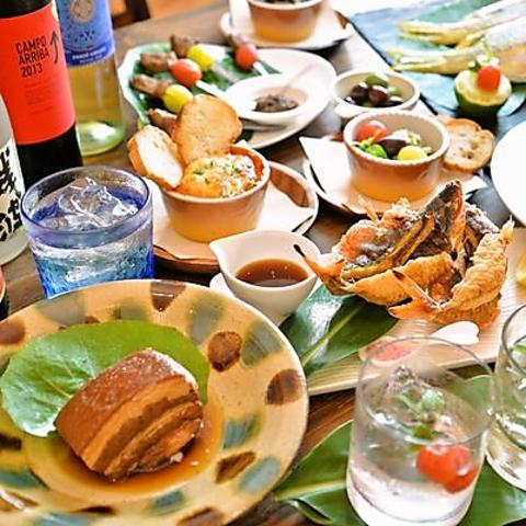 沖縄の食材を使った料理を創作しご提供!新感覚バルスタイルです♪