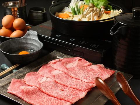 特製の割り下によるすき焼き、お出汁にこだわったしゃぶしゃぶ、焼ふぐが大人気!