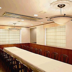 【銀座/完全個室】10~22名様までの完全個室のご予約を承ります。お昼間のお集りにも最適。