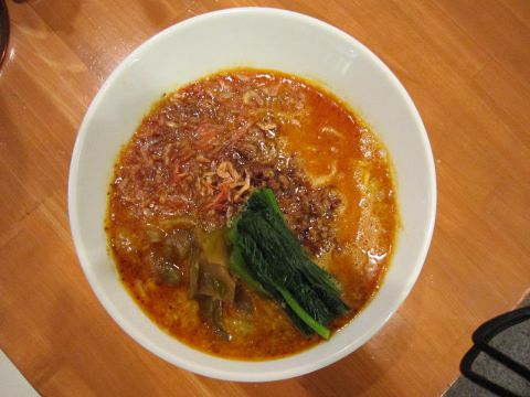 某有名雑誌の坦々麺部門で1位を獲得した極上の坦々麺!!
