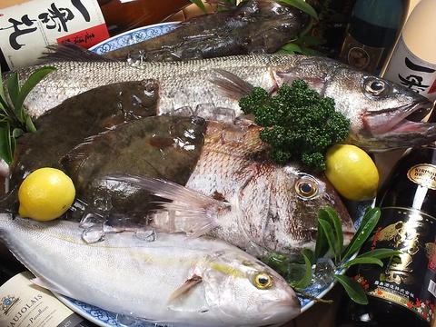 朝市場で仕入れた新鮮な旬のお魚!!!