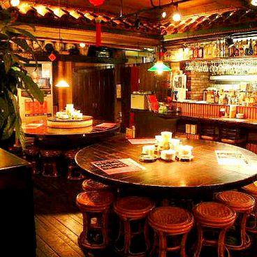 香港厨房 横浜西口店の雰囲気1