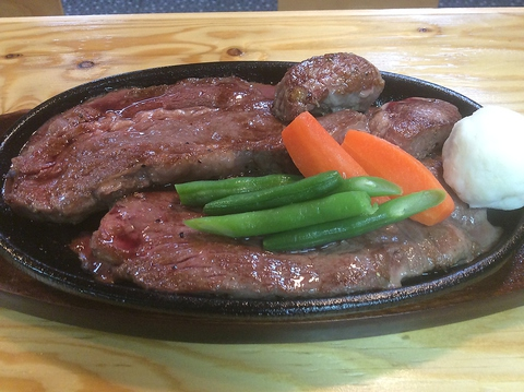 """STEAK HOUSE OKINAWA BASE 中島店"""